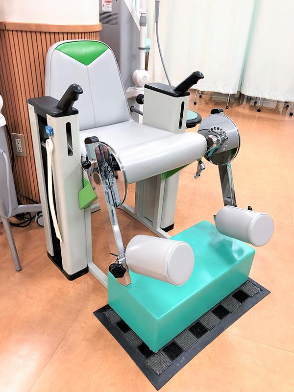 大腿四頭筋訓練器